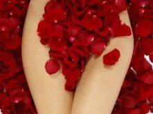 Amarrar homem com sangue menstrual