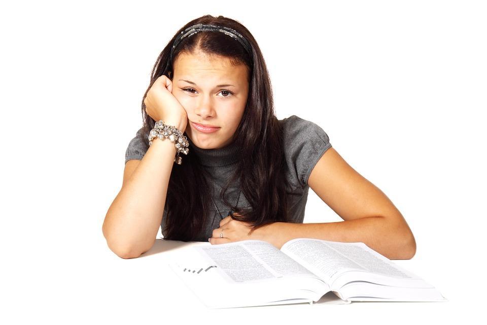 Simpatia para filho gostar de estudar e ter boas notas