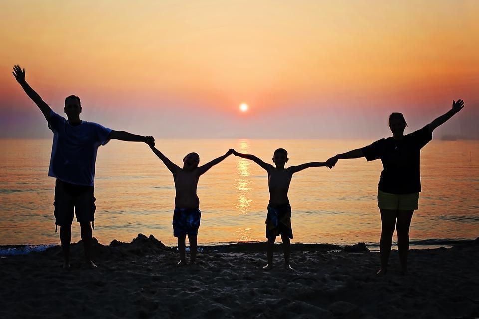 Simpatias fortes para unir famílias