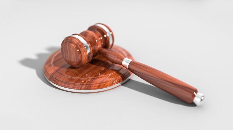 Simpatia para vencer processo na justiça